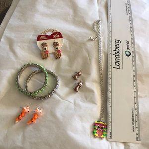 Other - 😊 5/$20 Jewelry - earrings, necklace & bracelets